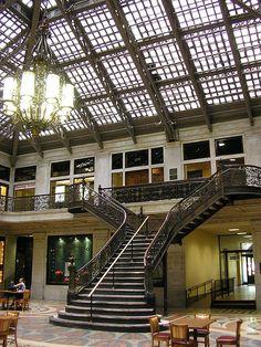 Ellicott Square Building, Buffalo, NY, Daniel H. Burnham & Co.