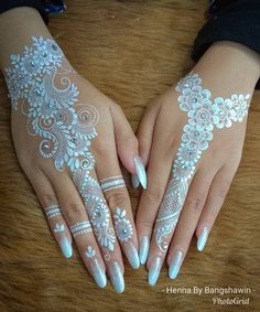 Adorable White Hena Inspiration In Wedding Days – Henna 2020 Henna Hand Designs, Hena Designs, Beautiful Henna Designs, Best Mehndi Designs, Henna Tattoo Designs, Henna Designs White, White Henna Tattoo, Henna Ink, Hand Henna