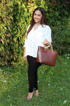White button-up, brown structured bag, and sparkly statement necklace! Perfect outfit for fall!