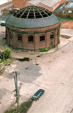 Rotunda of the Old Clyde Tunnel in Glasgow (now a restaurant, I think) taken in Old Pictures, Old Photos, Vintage Photos, Glasgow Architecture, The Second City, Glasgow Scotland, Best Cities, Street Photography, Abandoned