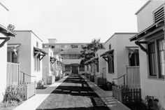 Bungalow Apts. Los Angeles...30's or 40's