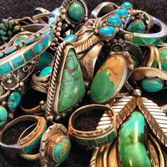 I wish my jewelry collection looked like this.. ;)