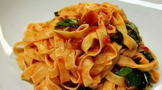 Fettuccine napoletana (tomato sauce) | This classic Italian pasta dish of fettuccine with Napoletana sauce is confirmation that the simple things in life are often the best (and even better if you know a few tricks!). In this recipe, Maurizio Esposito shaves his garlic into very thin discs using a mandolin slicer, prefers shallots to onions for their sweetness, mashes up the best-quality Italian tinned tomatoes with his hands, and tears the basil, adding it last so it stays fresh and green.