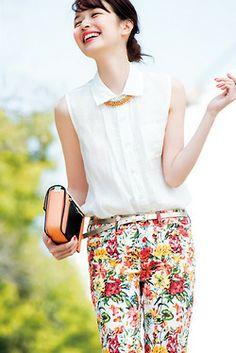 森絵梨佳 Mori Fashion, Cute Fashion, Spring Fashion, Womens Fashion, Japanese Beauty, Japanese Girl, Japanese Style, People Poses, Asian Lingerie
