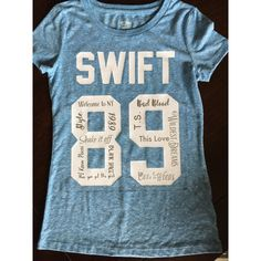 Taylor Swift 1989 Tour Tee ($30) ❤ liked on Polyvore featuring tops, t-shirts, black, women's clothing, black shirt, t shirts, black t shirt, black v neck tee and silver shirts
