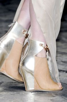 threefolds:    rick owens | detail | spring 2013 wow just beautiful
