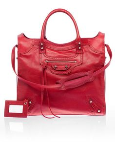Red purse - love this 1!