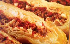 Κιμαδόπιτα Greek Recipes, Cheesesteak, Recipies, Tacos, Cooking Recipes, Beef, Ethnic Recipes, Desserts, Food Ideas