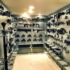 Heavens vault! Tag a gun lover and like for more gun posts. Via: @gallowtech #daily_combat