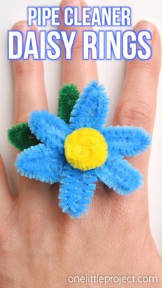 These pipe cleaner daisy rings are so fun and they're really easy to make! This is such a fun summer craft idea and a great craft for kids, teens, tweens and even adults. Each one takes less than 5 minutes to make and you only need pipe cleaners! Such a great way to make homemade jewelry.