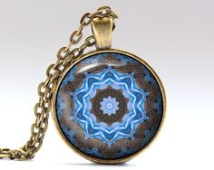 Beautiful Esoteric jewelry. Awesome Sacred pendant with a chain or a leather cord. Nice Mandala necklace in bronze or silver finish. SIZE: 25 mm (1