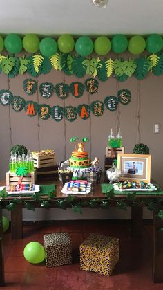Safari Theme Birthday, Baby Boy 1st Birthday Party, Jungle Theme Parties, Lion King Birthday, Dinosaur Birthday Party, Safari Party, Idee Baby Shower, Birthday Party Decorations, Jungle Book Party