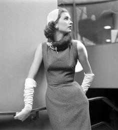 Impressioni Fotografiche: Suzy Parker in Balenciaga, Life: 1956 Nina Leen