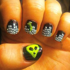 2015 Day 29: Inspired by the supernatural.  #nailartchallenge
