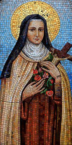 Terezinha do menino Jesuse da Sagrada Face Catholic Saints, Catholic Art, Religious Art, Sainte Therese De Lisieux, Mosaic Portrait, Christian Artwork, Divine Mother, Santa Teresa, Mosaic Wall Art