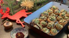 Herzhaft gefüllte Champignons sind perfekt als Vorspeise zu Weihnachten. Gefüllte Champignons sind ein gesundes TCM Rezept für Heilig Abend. Anna, Meat, Chicken, Food, Weihnachten, Kochen, Recipes, Meals, Yemek