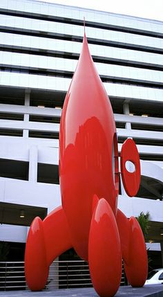 Giant Red Rocket