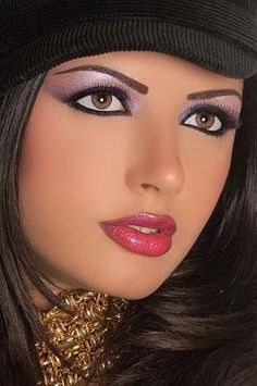 Arabic Makeup Pictures Part 2 Sexy Makeup, Makeup Looks, Hair Makeup, Makeup Eyes, Girl Face, Woman Face, Beautiful Lips, Beautiful Women, Beauté Blonde