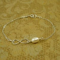 Infinity Bracelet with Freshwater Pearl - Sterling Silver