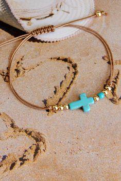 Turquoise Howlite Cross bracelet, Boho summer cord bracelet #turquoisebracelet #turquoisejewelry #bohojewelry #crossjewelry Etsy Jewelry, Boho Jewelry, Handmade Jewelry, Jewelry Ideas, Handmade Gifts, Summer Bracelets, Cord Bracelets, Turquoise Jewelry, Turquoise Color