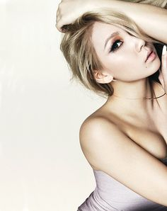 ygjunkie:  CL for Ella Korea