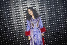 Attending the Gucci Fall Winter 2019 show, Salma Hayek Pinault,. Gucci Fashion, Fashion Show, Salma Hayek, Designer Wear, Fasion, Fashion Inspiration, Cool Outfits, Alternative, Kimono Top