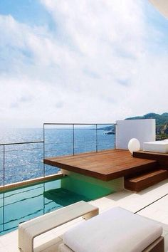 We could spend all day on that #deck!!