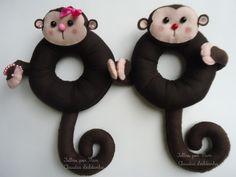 Mais sorrisos em seus clicks! Felt Diy, Handmade Felt, Foto Newborn, Zoo Animals, Photo Tips, Children Photography, Puppets, To My Daughter, Whimsical