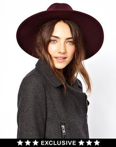 What a statement piece! I love it!! - Catarzi Exclusive To ASOS Classic Fedora Hat