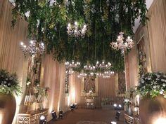 Wedding Walkway, Wedding Reception Entrance, Wedding Hall Decorations, Marriage Decoration, Wedding Mandap, Reception Backdrop, Outdoor Indian Wedding, Luxury Wedding Decor, Jobs Jobs