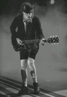 angus young - Yahoo Image Search Results