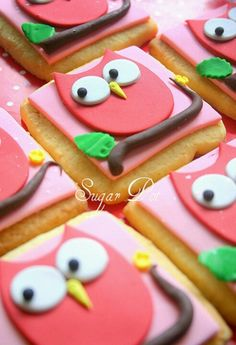 Owl fondant cookie