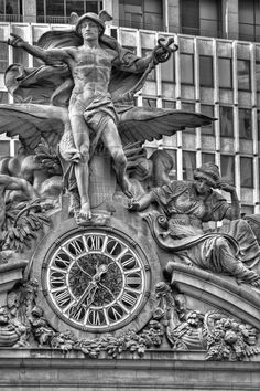 hermes statue grand central - 236×354