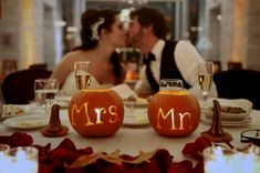 If you have been dreaming of a Halloween themed wedding for as long as you can remember you are not alone. We have gathered ideas for Halloween weddings! Halloween Wedding Decorations, Halloween Wedding Flowers, Halloween Weddings, Autumn Wedding Flowers, Reception Decorations, Pumpkin Table Decorations, Dream Wedding, Wedding Day, Perfect Wedding
