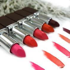 Selected Nicka K Matte Lip Stick Shades for the upcoming Valentine's Day!These lovely colors work perfectly for your date night & party!✨ Starting from left : NY414, NY406, NY416, NY417 and NY403 Click : http://www.pick6deals.com/nicka-k-matte-lip-stick.html #pick6deals #nickak #mattelipstick #cosmetics #valentinesday #date #party #pink #orange #red #beauty #instadaily #instagood