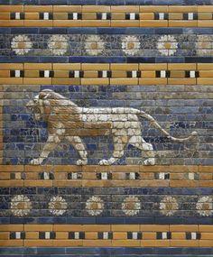 Schreitender Löwe von der Prozessionsstraße, Babylon, Zeit König Nebukadnezars II. (604–562 v. Chr.)