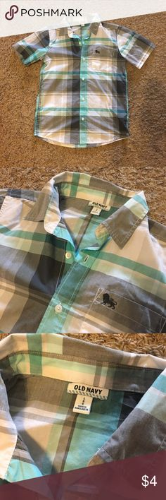 Boys Button Down Shirt EUC button down shirt. My son wore once for family pictures. Old Navy Shirts & Tops Button Down Shirts