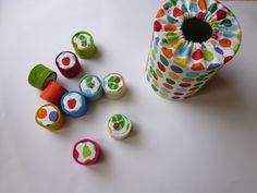 はらぺこあおむし*おもちゃ - リンゴの森~ソーイングの記録~ Nursery School, Handmade Toys, Blog Entry, Diy And Crafts, Felt, Kids, Baby, Ideas, Tin Cans