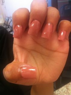 nude acrylic nails- I want this.