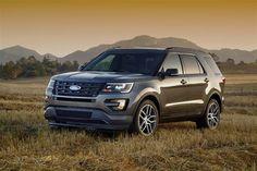 Компания Ford представила Explorer с черным салоном