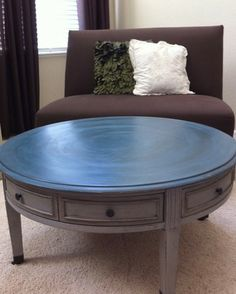 Shades of Amber: Annie Sloan Chalk Paint Linky Party! Upcycled Furniture, Furniture Projects, Furniture Makeover, Home Furniture, Furniture Design, Diy Projects, Annie Sloan Painted Furniture, Chalk Paint Furniture, Annie Sloan Chalk Paint