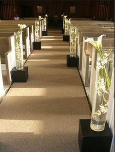 Church Pew Wedding, Church Wedding Decorations Aisle, Church Wedding Flowers, Outside Wedding, Paper Flower Centerpieces, Tall Wedding Centerpieces, Romantic Wedding Decor, Floral Wedding, Wedding Paper