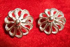 Signed Sarah Coventry Clip On Earrings