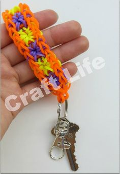 Rainbow Loom Starburst Key Fob Keychain Tutorial