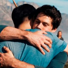The Death Cure - Thomas and Minho - Dylan O´Brien and Ki Hong Lee gif