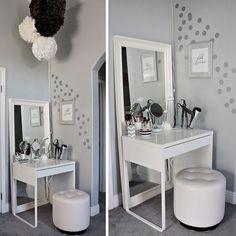 simple vanity. from loveandlaceblog.com