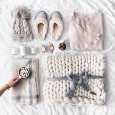 my winter eccentials with chunky knit plaids and fluffly slippers, cozy scarf and pullover :) Hygge, Bedroom Slippers, Baby Slippers, Winter Wonderland, My Essentials, Cozy Scarf, Leather Slippers, Cozy Christmas, Mode Outfits