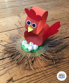 Broody bird is brooding! Shhhh... toilet paper roll chicken craft for kids - step-by-step tutorial available in our app TutoTod on the App Store.