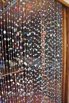 Endlich ist er fertig | Flickr - Photo Sharing! Ariane Freisleben's bead curtain