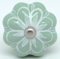 CK546 Sage Green Star [CK546] - £3.50 : These Please Ltd